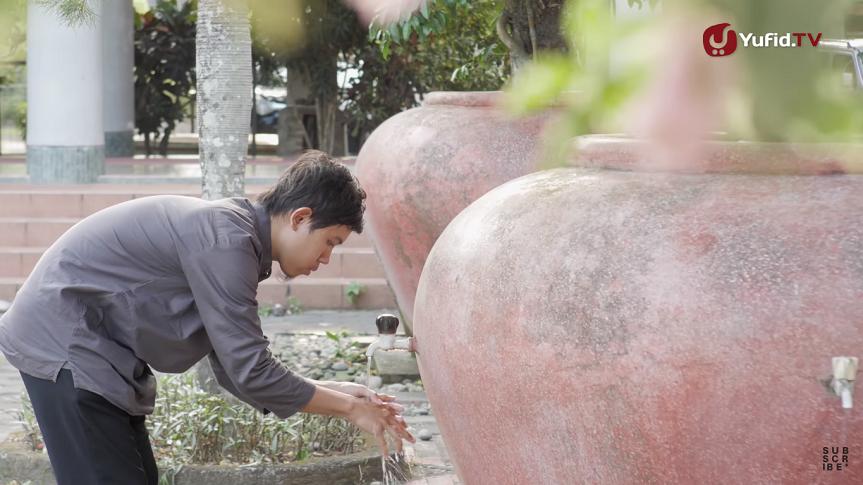 cara wudhu menggunakan keran air